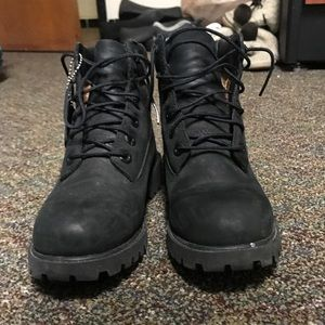 Black timberlands size 6
